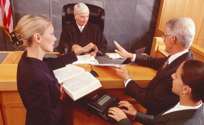 судья и переводчик
