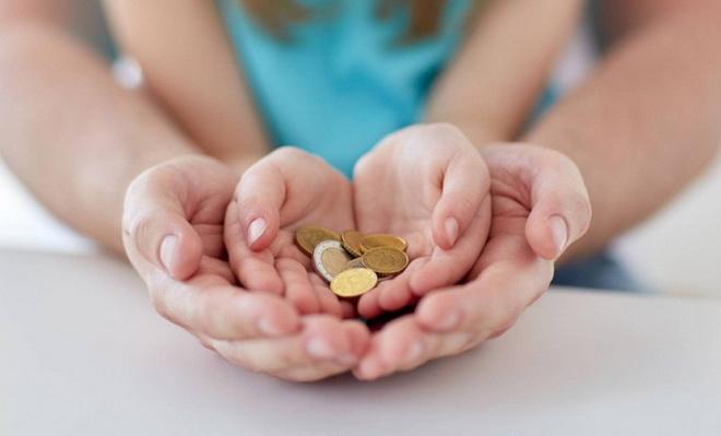Выплаты при усыновлении ребенка: условия получения компенсаций