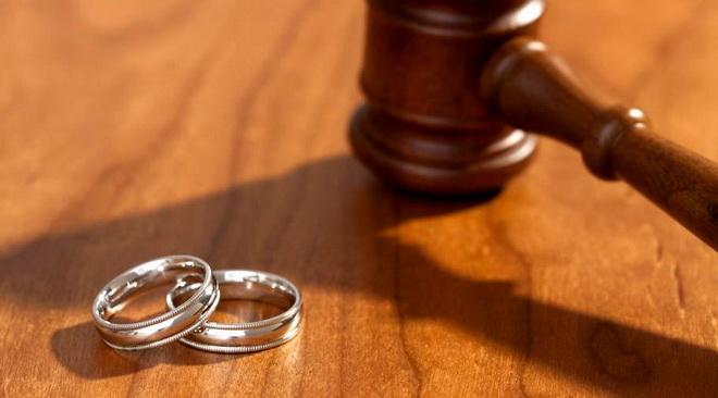 молоток и кольца