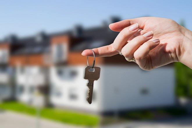 ключи от дома на пальце